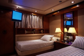 Yacht OURANOS TOO - 10