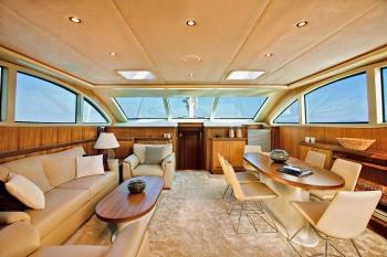 Yacht MISS B 2