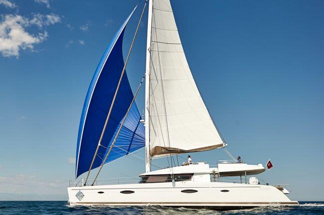 Yacht LIR