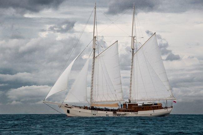 Yacht MUTIARA LAUT