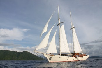 Yacht MUTIARA LAUT - 19