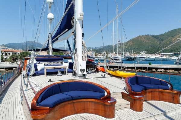 Yacht BLUE EYES - 17