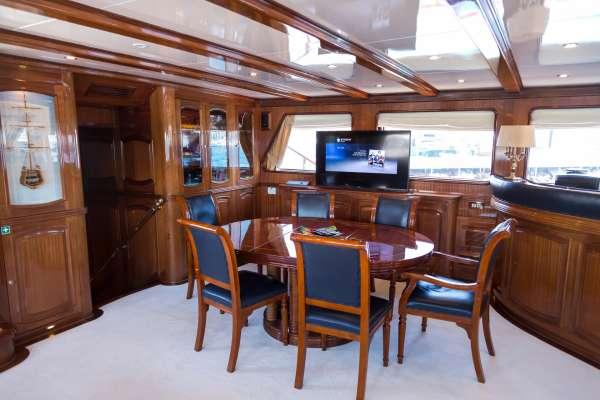 Yacht BLUE EYES - 18