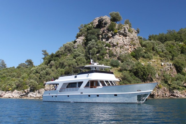 Yacht CASPA