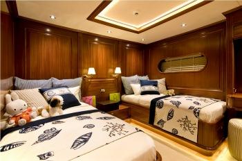 Yacht CLEAR EYES - 14