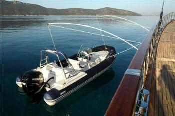 Yacht CLEAR EYES - 19