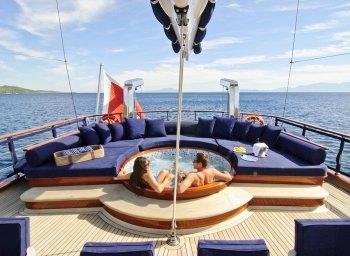 Yacht CLEAR EYES - 4