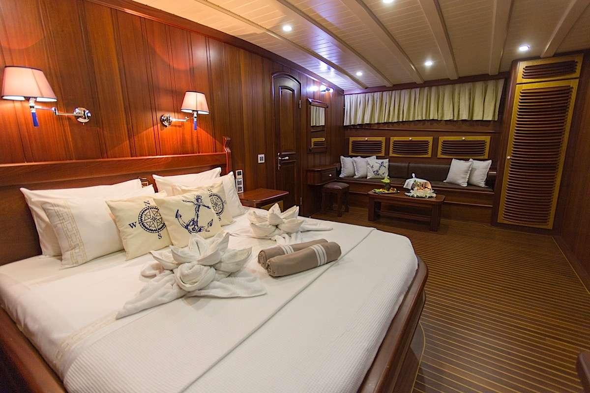 Yacht PRINCESS KARIA II - 11
