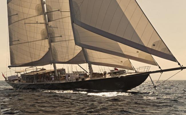 Yacht REGINA