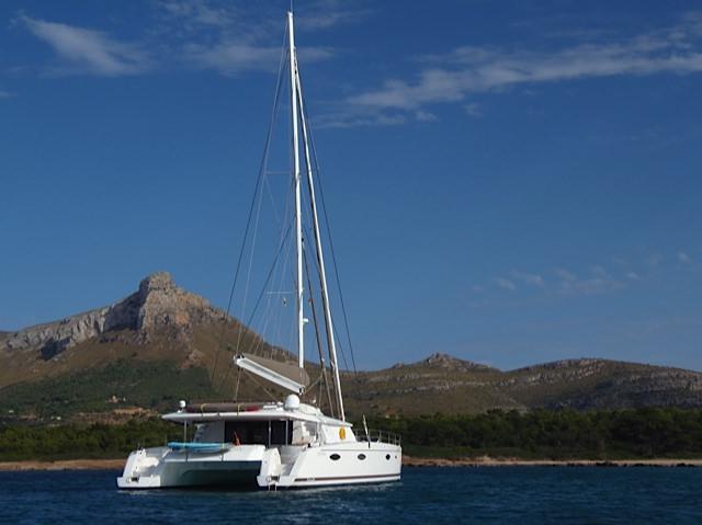 Catamaran MAGEC