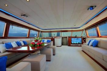 Yacht JABU 3