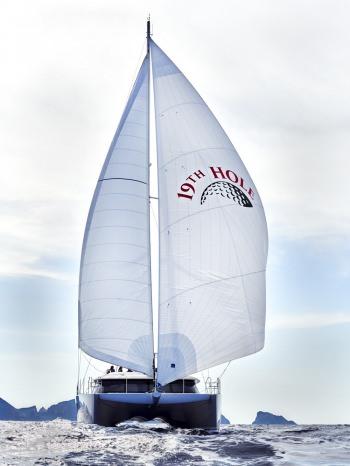 Yacht 19TH HOLE - 16