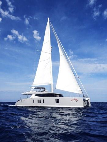 Yacht 19TH HOLE - 17
