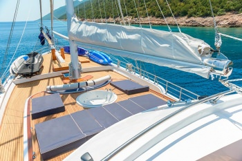 Yacht BELLAMARE - 11