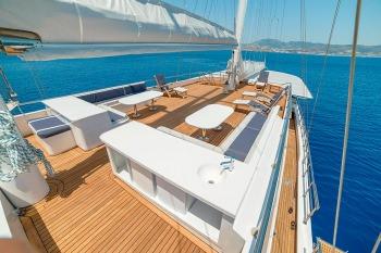 Yacht BELLAMARE - 12