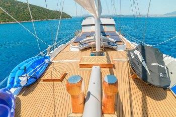 Yacht BELLAMARE - 13