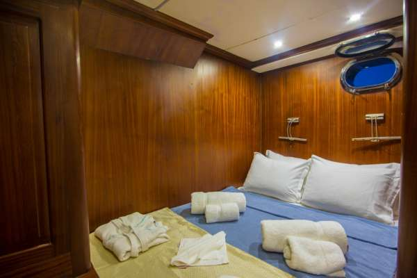 Yacht DEA DEL MARE - 13
