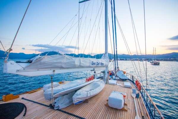 Yacht DEA DEL MARE - 18