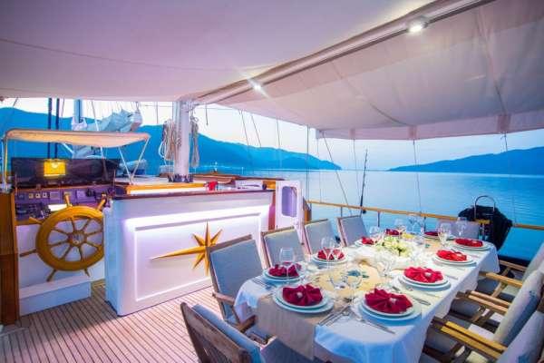 Yacht DEA DEL MARE 3