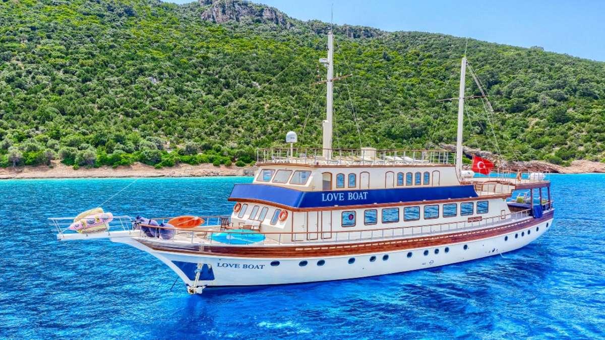 Yacht B&B2