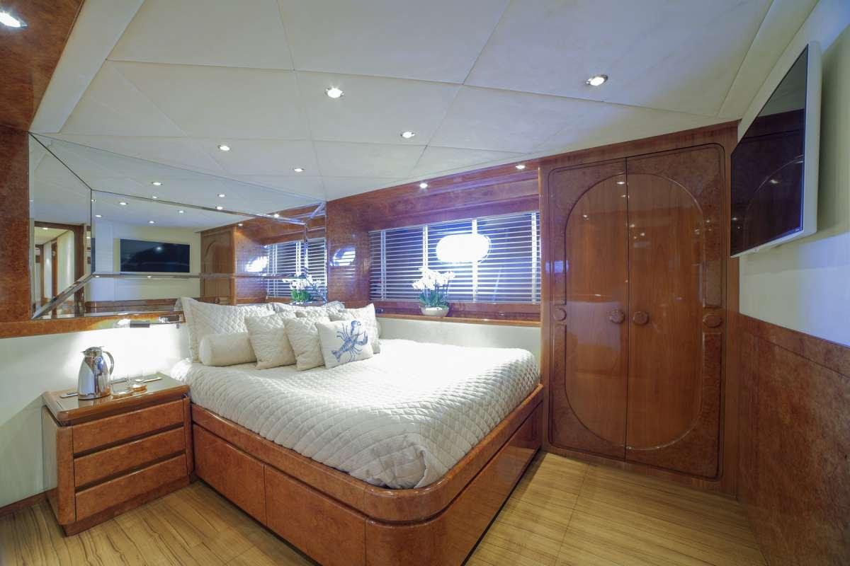 ZOI Twin cabin