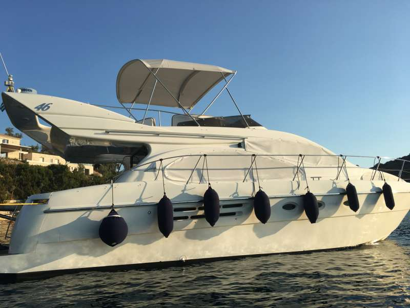 Charter with EVI on compassyachtcharters.com