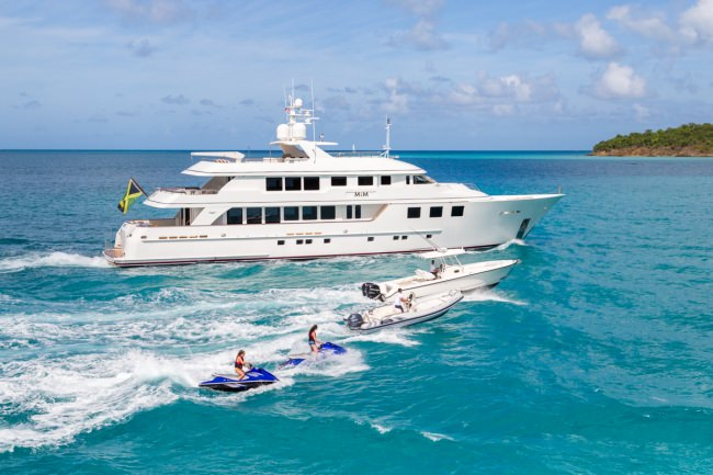 Yacht MIM