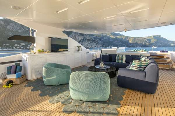 Yacht ENTOURAGE - 15