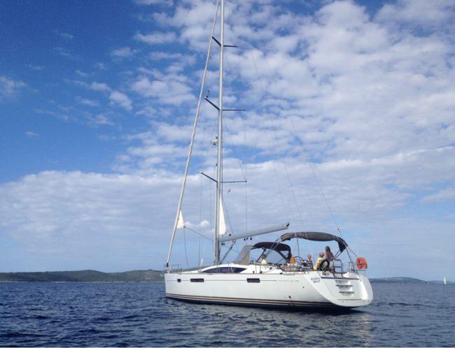 Yacht OCEANICA