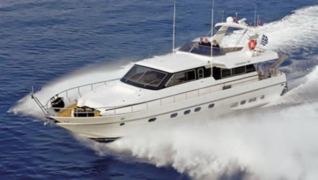 Yacht MOUSSE