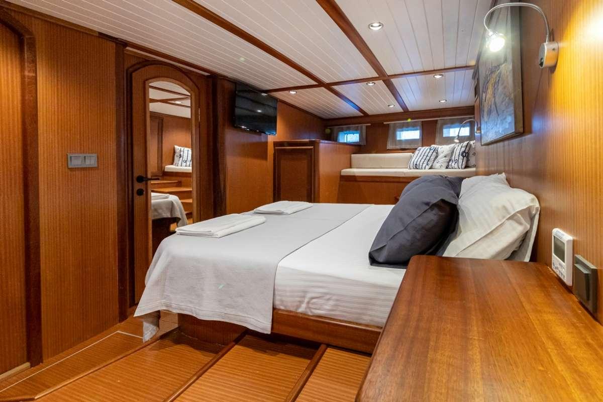 Yacht PALMYRA 2