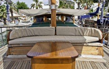 Yacht BOLERO 3