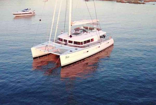Yacht TWIN - 14