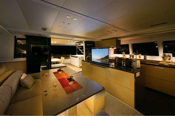 Yacht TWIN - 16