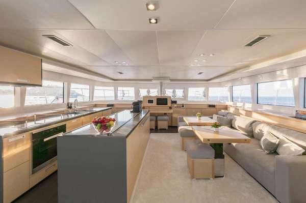 Yacht TWIN 2