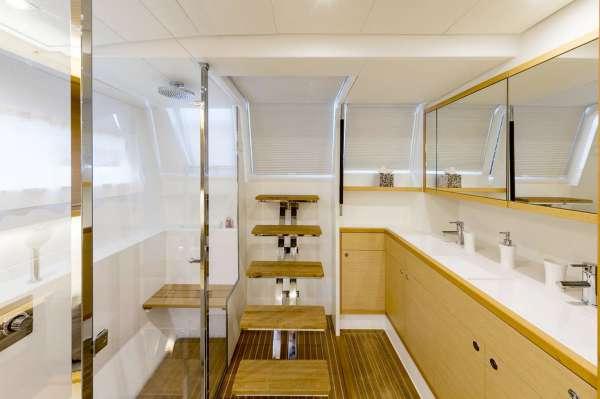 Yacht TWIN - 8