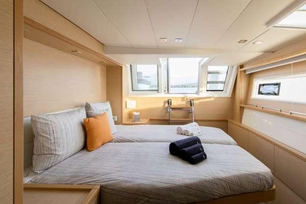 Yacht TWIN - 9