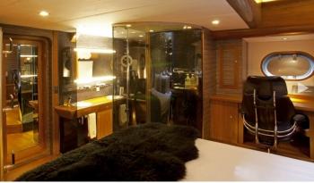 Yacht SILVERLINING - 12