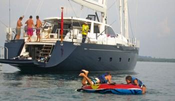 Yacht SILVERLINING - 14
