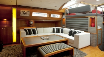 Yacht SILVERLINING 2