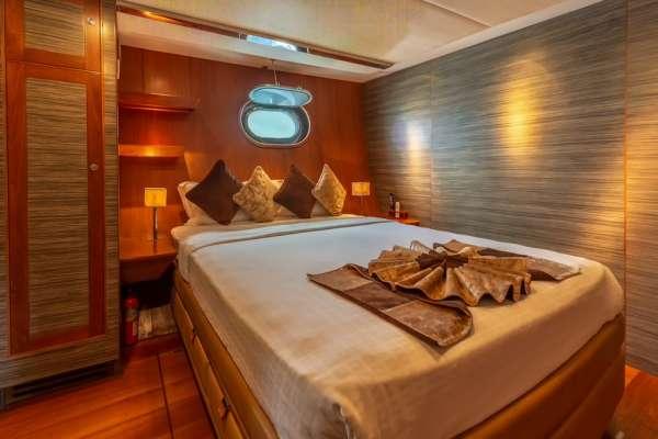 Yacht SILVERLINING - 8