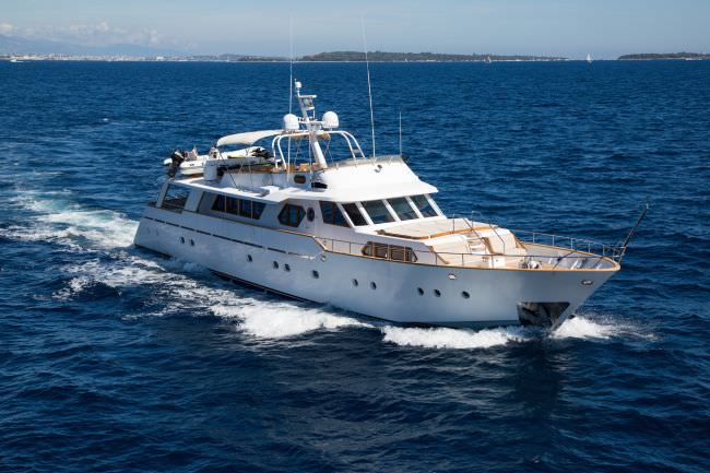 Yacht LIBERTUS