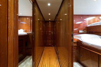 Yacht LIBERTUS - 12