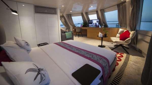 Yacht AZALEA - 10