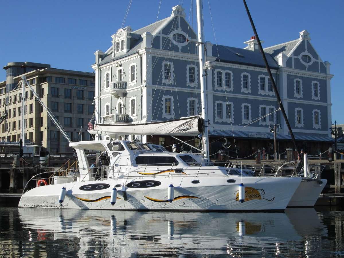 Yacht MANNA
