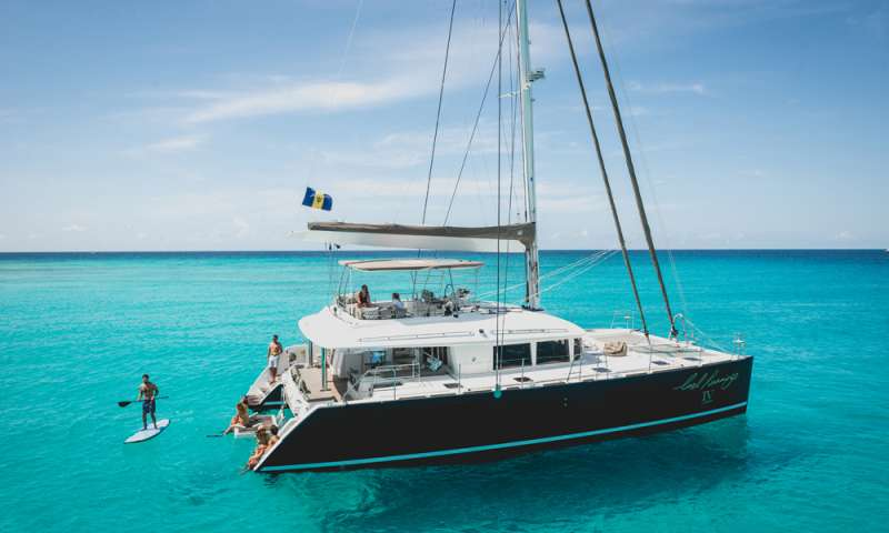 Catamaran AMAZING BLUES Catamaran