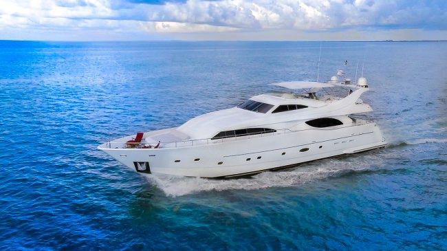 Yacht PARADISE