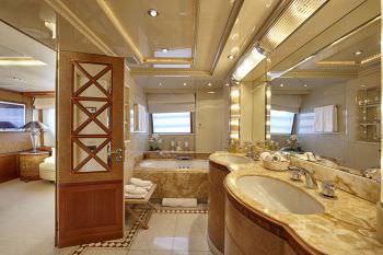 KANALOA  Master suite bathroom
