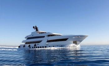 Yacht BEBE - 13