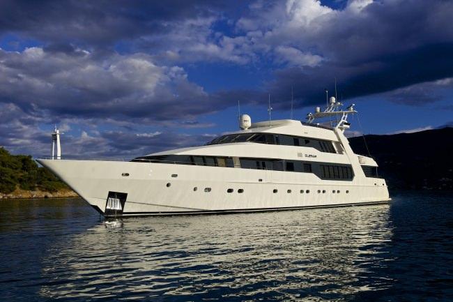 Yacht O'LEANNA